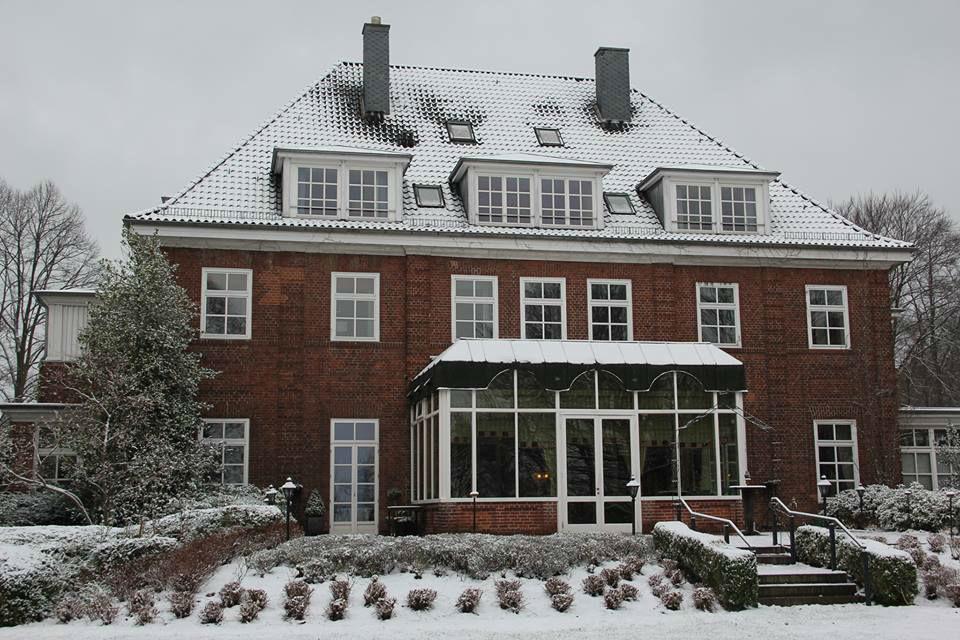 Beispiel: Aussenansicht / Winter, Foto: Romantik Hotel Kieler Kaufmann.