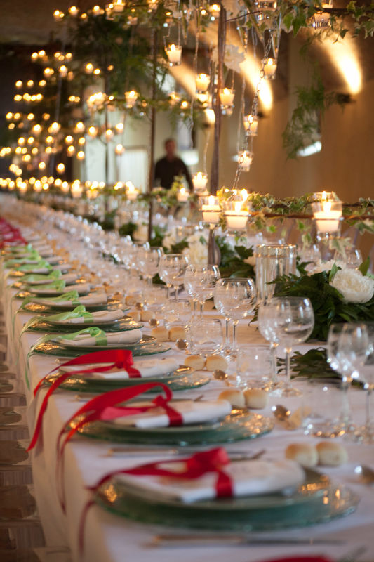 Per Coquette Atelier Davide Bozzalla Photographer. Lui, il tavolo imperiale.