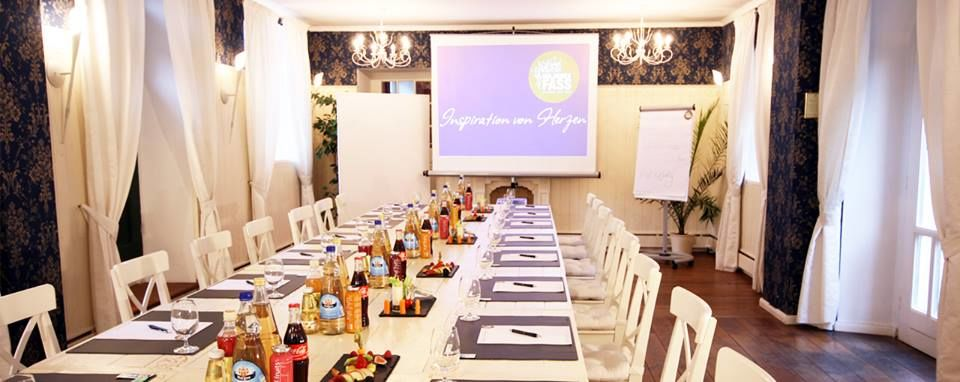 Beispiel: Tagungsraum, Foto: Hotel & Restaurant Goldenes Fass Meissen.
