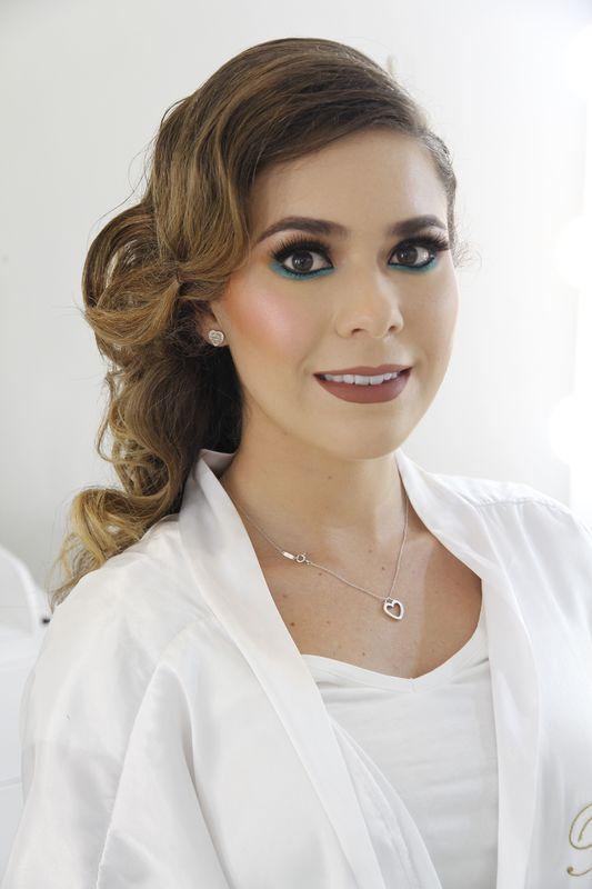 Maquillaje profesional novias