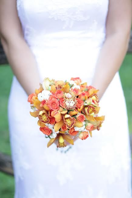 Bouquet roselline e orchidee