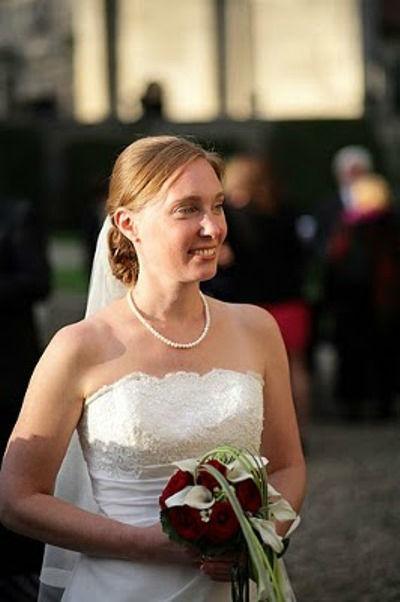 Beispiel: Die Visagistin für Ihre Hochzeit, Foto: Simone Gatzen.