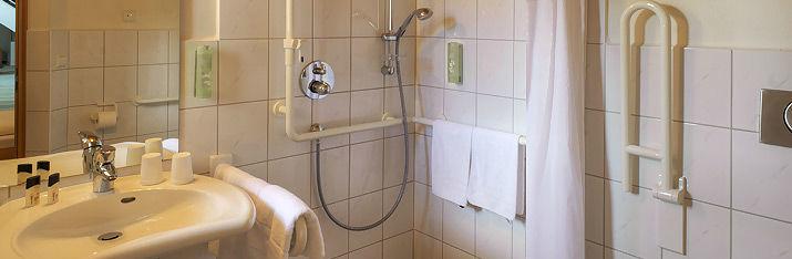Beispiel: Badezimmer, Foto: Hohenwart Forum.