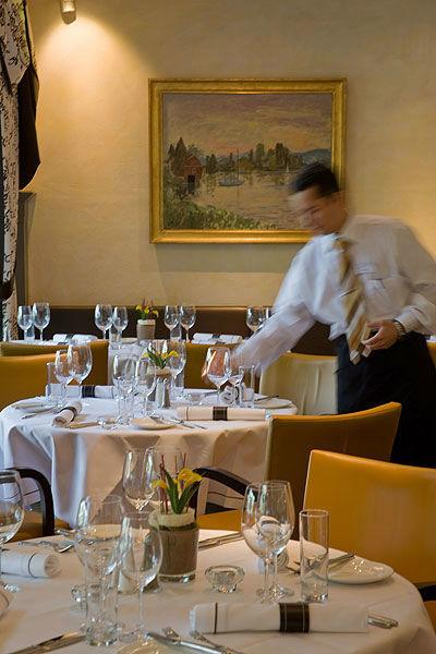 Beispiel: Kompetenter Service, Foto: Sonne Romantik Seehotel.