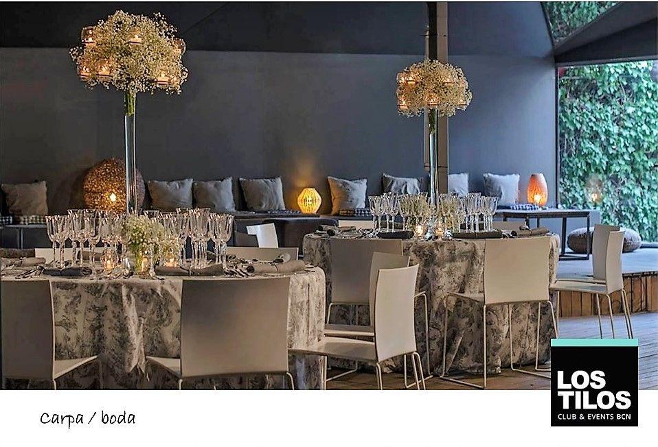 La Carpa Fellini. Detalle de montaje de mesas para la ocasión en nuestra gran Carpa.