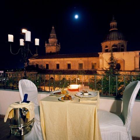 Antica Badia Relais Hotel  Luna sui Tetti
