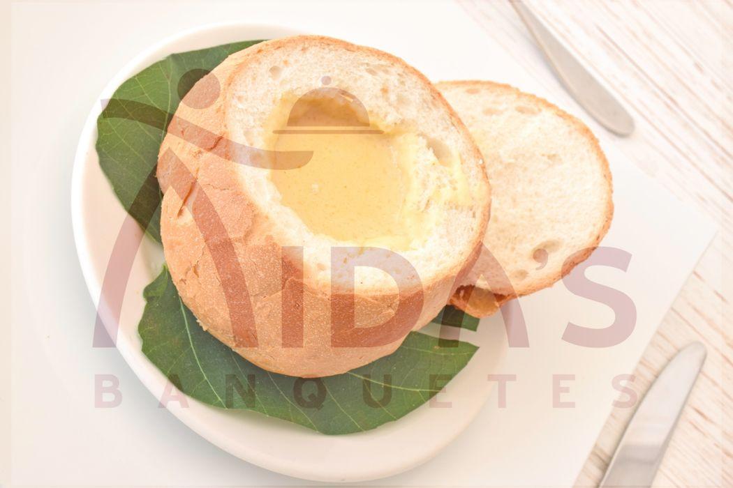 Crema con pan especial