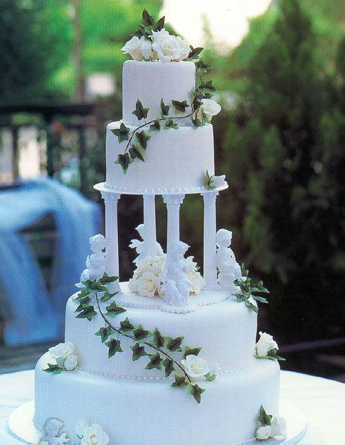 Beispiel: Hochzeitstorte, Foto: Patisserie & Café Lézard.