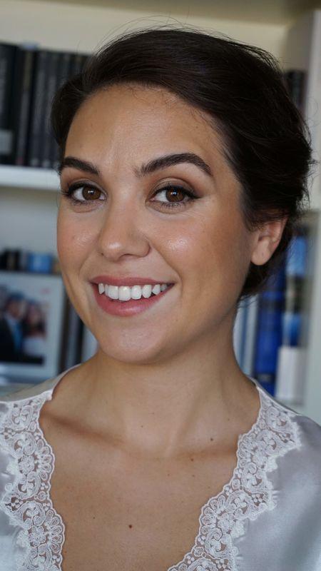 Helen Aroca MakeUp
