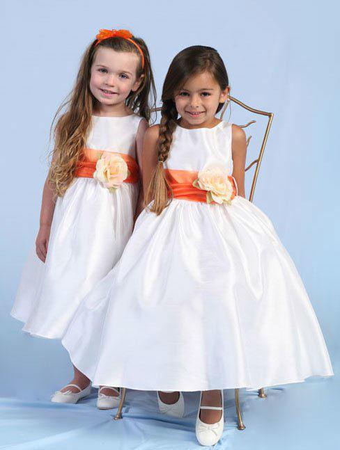 Beispiel: Hochzeitsmode für Kinder, Foto: Julias Traumboutique.