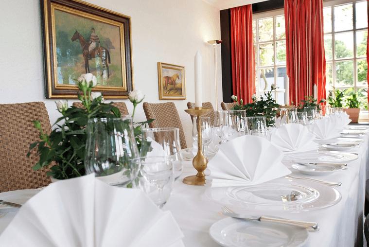 Beispiel: Hochzeitstafel, Foto: Jürgenshof.