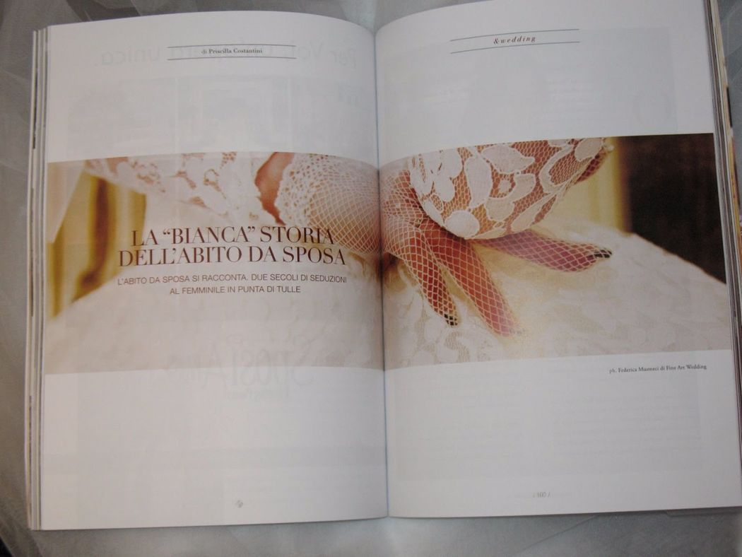 La Bianca Storia dell'Abito da Sposa. Scritta da Priscilla Costantini