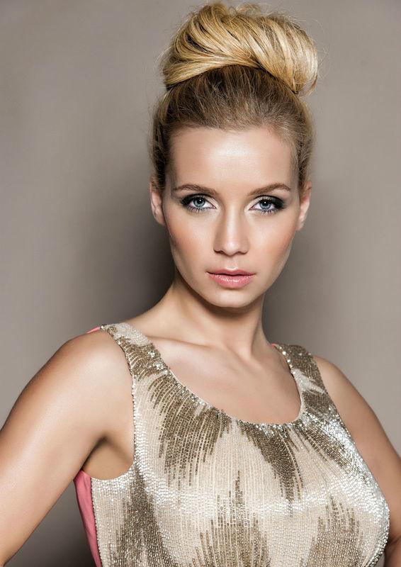 Luciana Abreu Lucília Lara- Make Up Foto: Victor Hugo