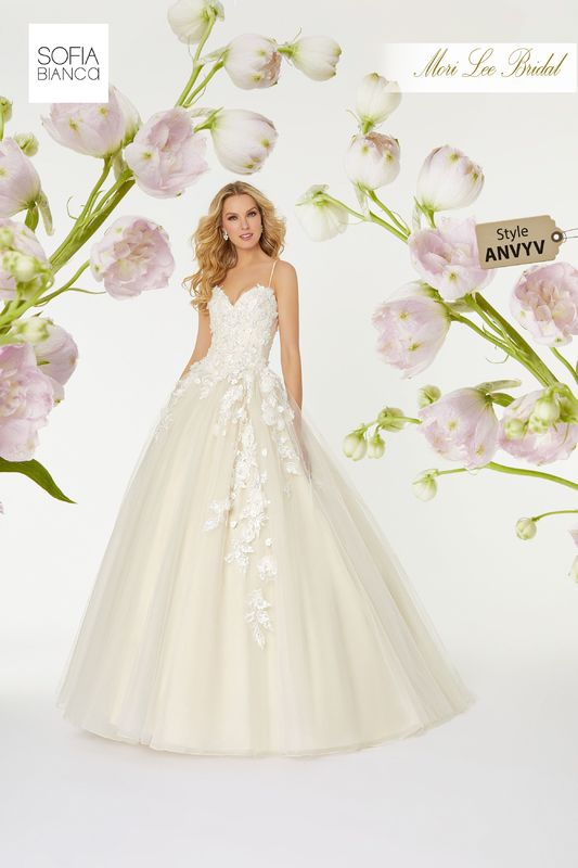 Style ANVYV Suki  Crystal beaded, hand-cut, three dimensional floral embroidery on a tulle ball gown