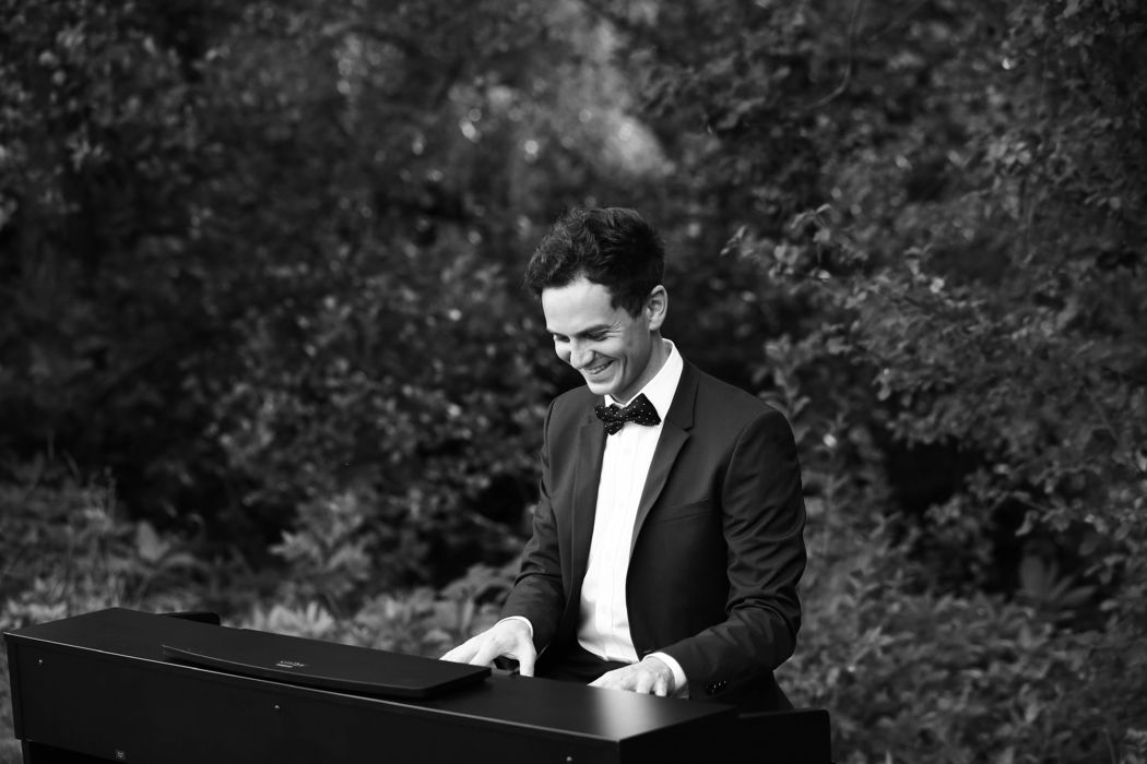Roman Nagel - Wedding Pianist
