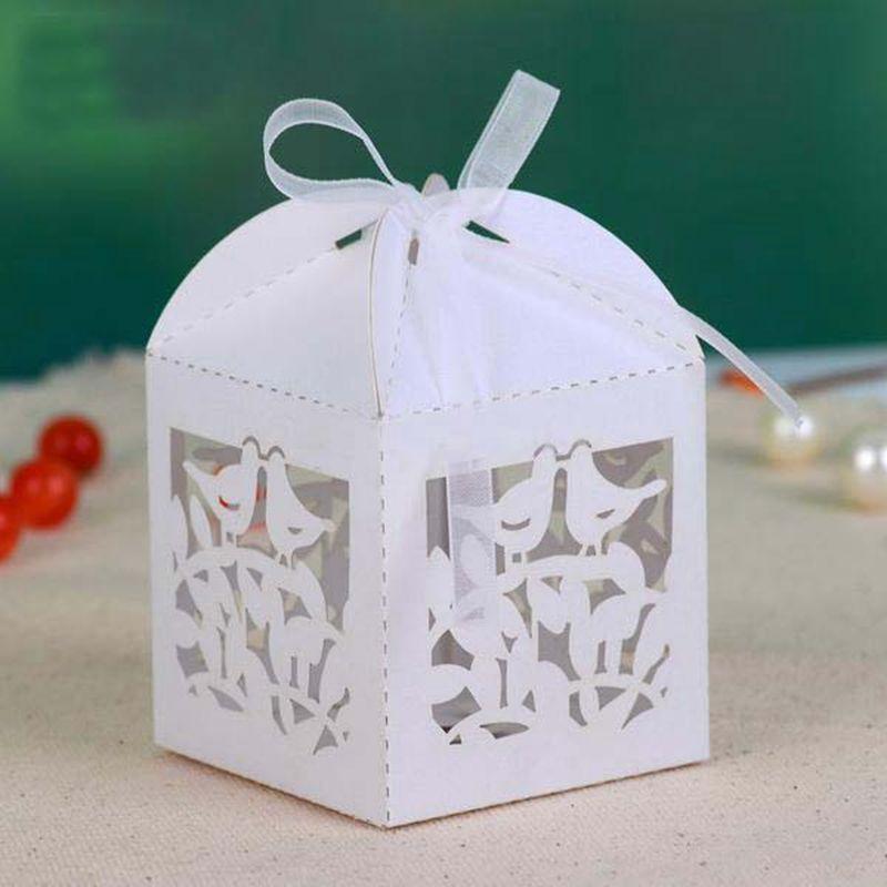 Cajita vintage de papel para caramelos o bombones. Ideal para agradecer a tus invitados.  (varios colores disponibles)