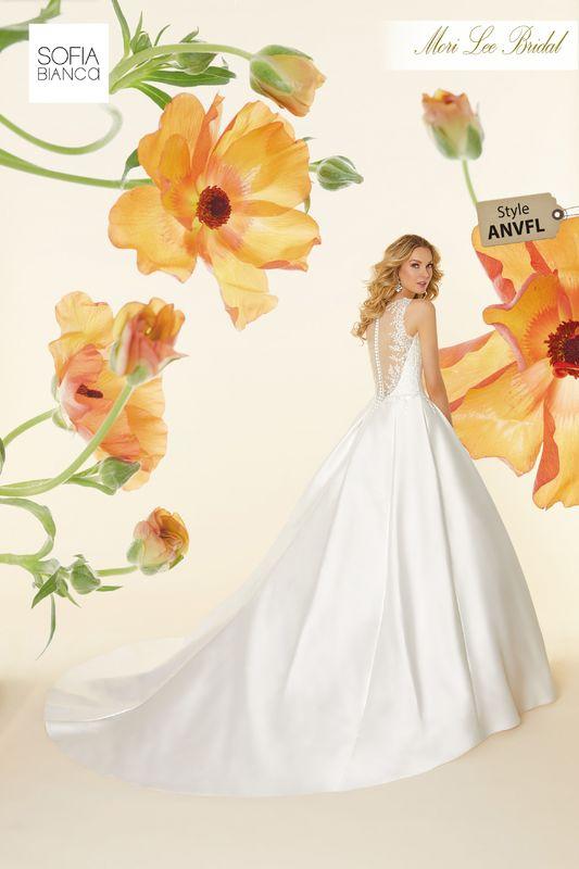 Morilee Vestido de Novia Publicado por Jenifer Tatiana Bustos Vanegas Te gusta esta página · 6 de junio ·    Style ANVFL Sonata  Frosted, embroidered appliqués on a larissa satin ball gown