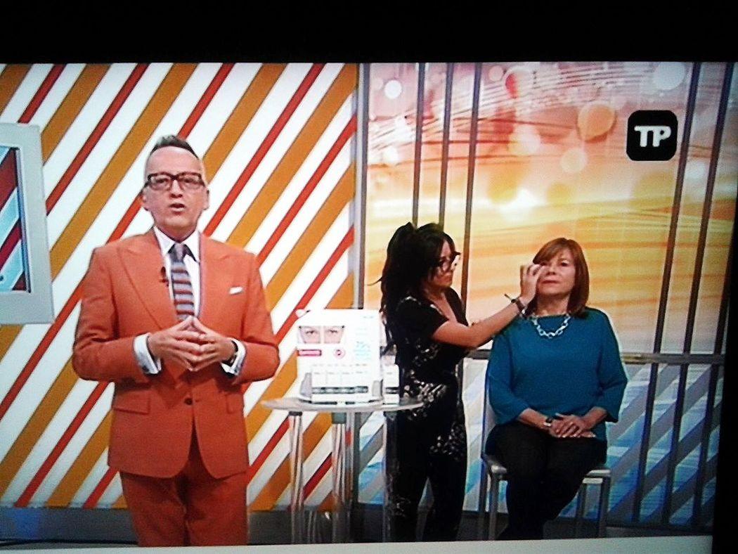 Telepromoção creme anti-olheiras  Remescar. TVI mais info:  andreiadealmeidamua@outlook.pt