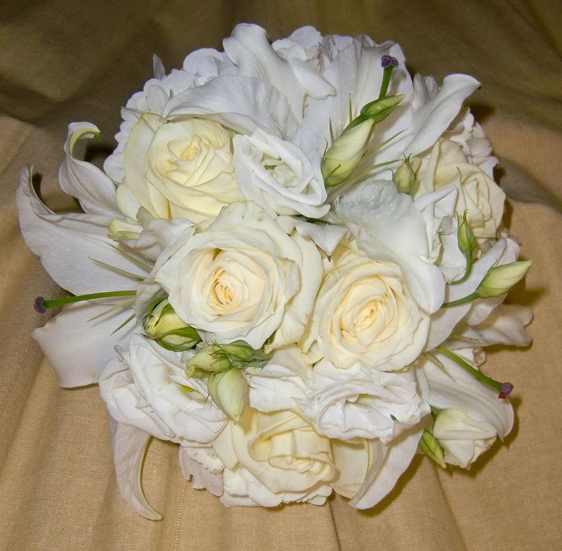 Beispiel: Brautstrauß, Foto: Blumen Loos.