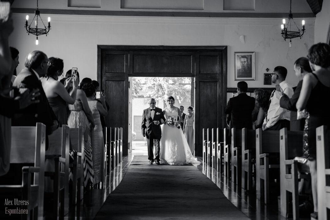 La entrada a la iglesia
