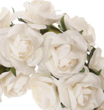 Corazón de rosas de organza. Detalle muy romántico para decorar tu boda. Precioso, ecológico y reutilizable.