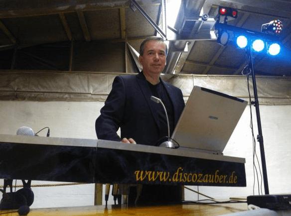 Beispiel: Party-DJ, Foto: DiscoZauber.