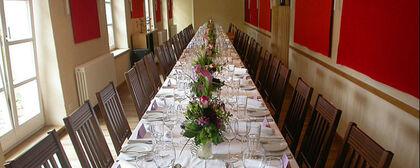 Beispiel: Hochzeitstafel, Foto: Gut Sonnenhausen.