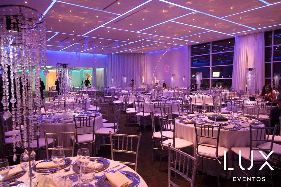 Lux eventos monterrey bodas - Salones lujosos ...