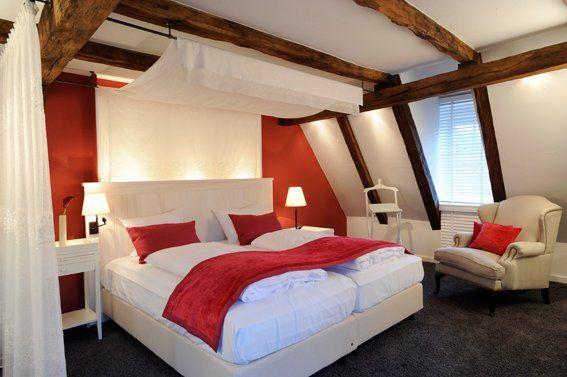 Beispiel: Zimmer, Foto: Romantik Hotel Altes Amtshaus.