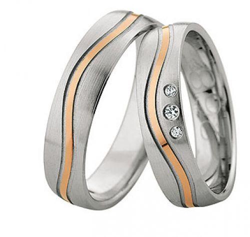 Beispiel: Zweifarbige Trauringe mit Brillanten, Foto: Juwelier Dietz.