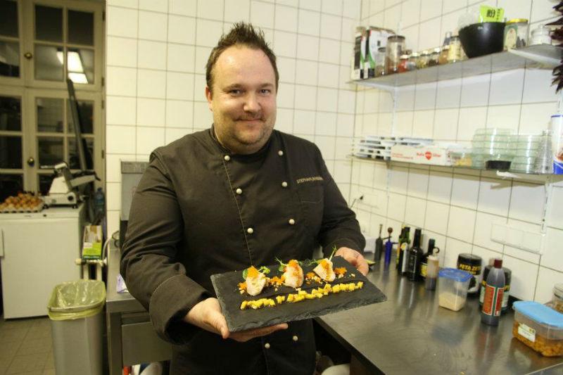 Beispiel: Küchenservice, Foto: J-Restaurant Schloss Ringenberg.