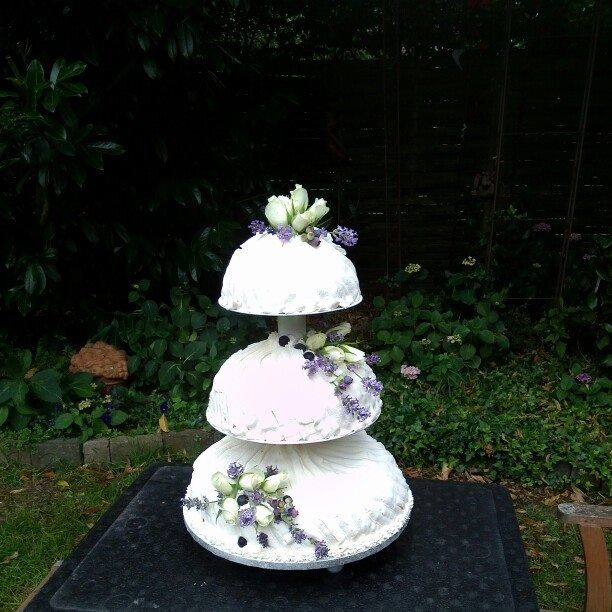 Hochzeitstorte Linas Garten