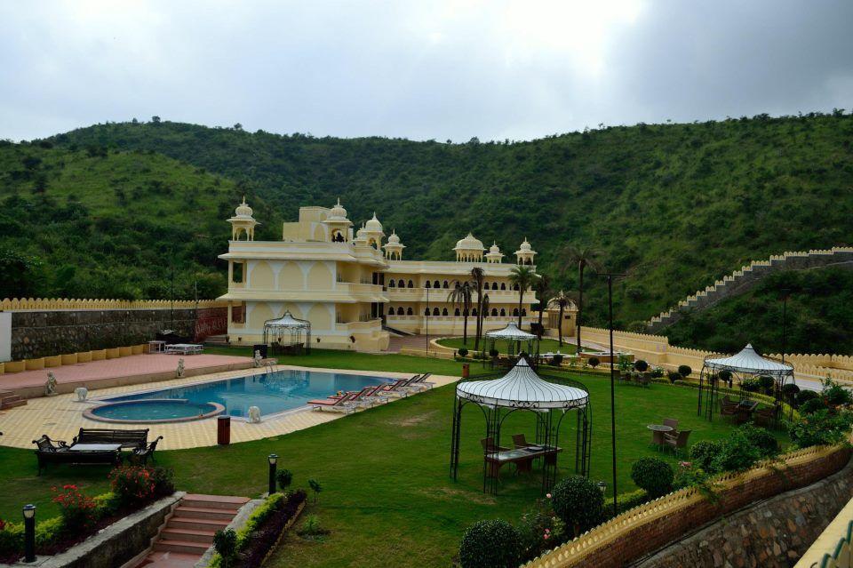 Labh Garh Palace Resort