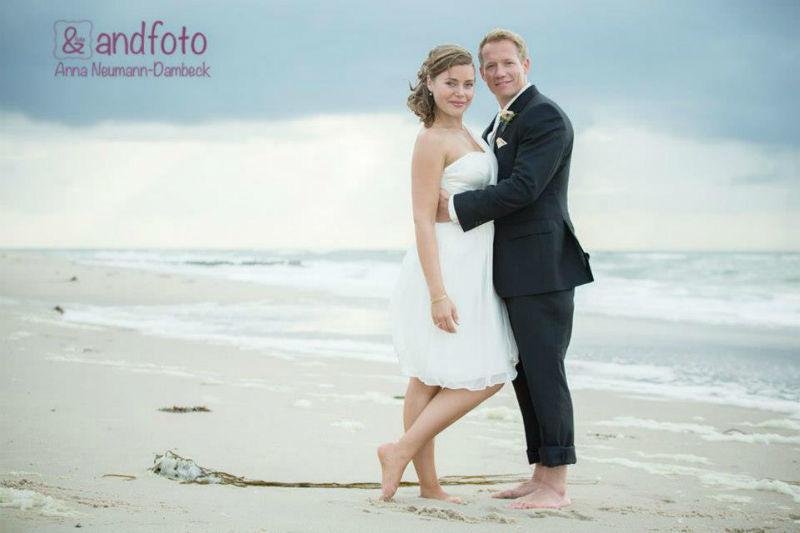 Beispiel: Romantische Hochzeitsfotos, Foto: andfoto.
