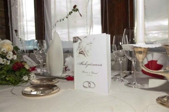 Beispiel: Tischdekoration, Foto: Burg Landskron.