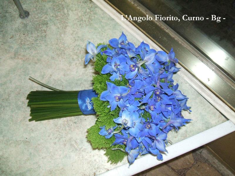 L'Angolo Fiorito, Curno (Bg): bouquet blù #Fiorista #matrimonio #Bergamo