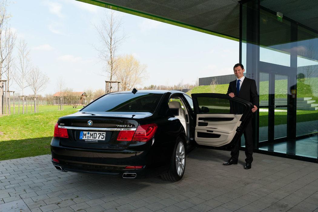 Beispiel: Chauffeurservice, Foto: Munich-Drivers.
