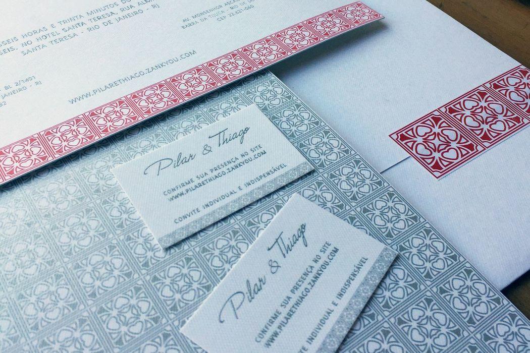 Pilar e Thiago - Detalhe do convitinho e do envelope