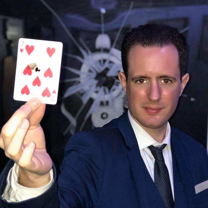 Cyrille D'oZ Magicien