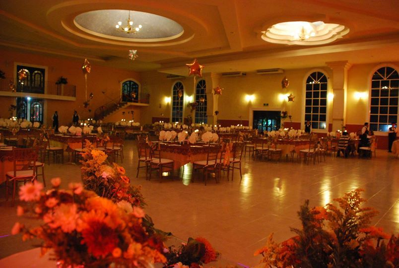 Salones Grand Versalles