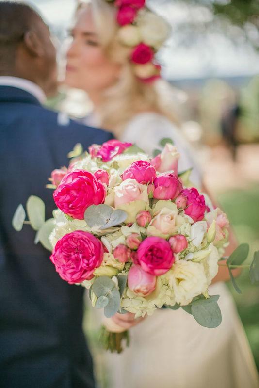 bouquet de mariée fleurs de famille périgueux fleursdefamille.com roses anglaises, pivoines, roses