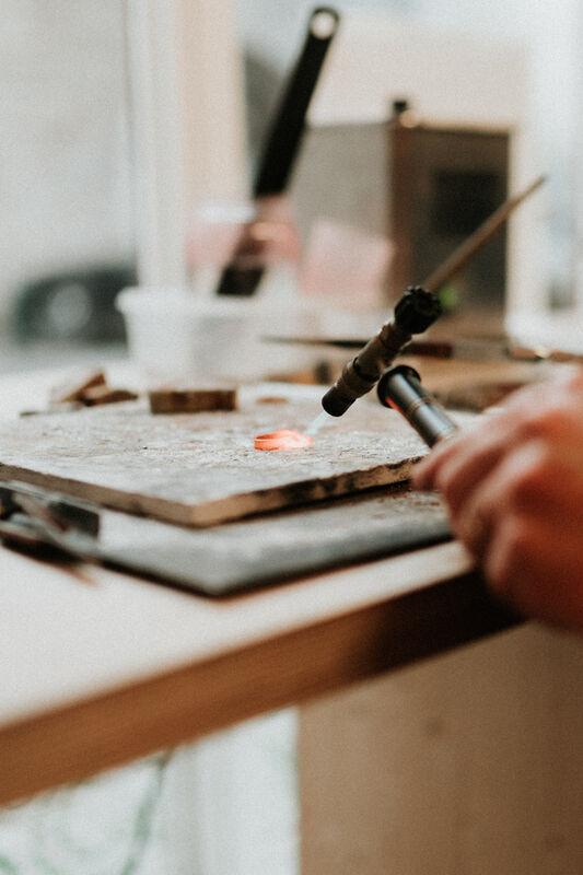 Cécile Crepelliere - artisan bijoutier créateur