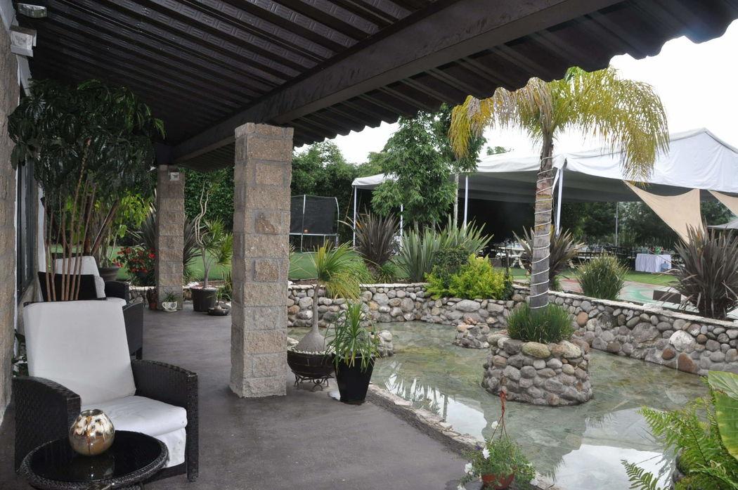 Jardín- Salón Santa Esmeralda