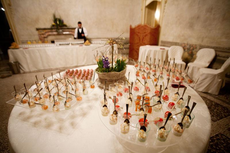 Aperitivo a buffet in Atrio