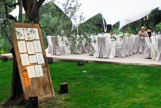 Beispiel: Ihre persönlichen Tischpläne, Foto: Event Calligraphy.