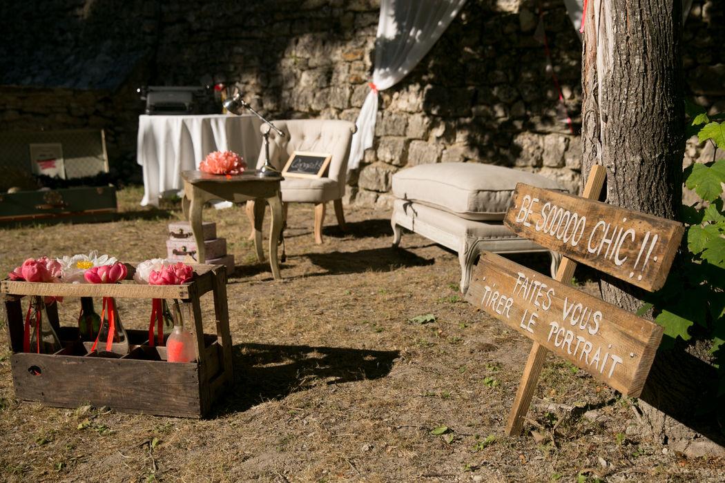 Mariage de Marion & Jean-Baptiste, organisé à L'Isle sur la Sorgue en Provence, thème Vintage, photobooth, décoration Laëtitia C Crédit Studio Cabrelli