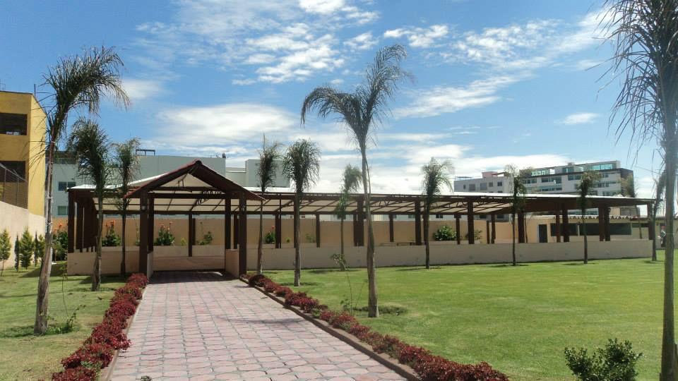 Jardín y Terraza San Ramón