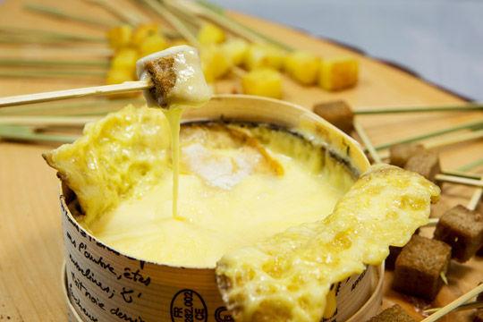 Beispiel: Käsefondue, Foto: Kuffler Catering.