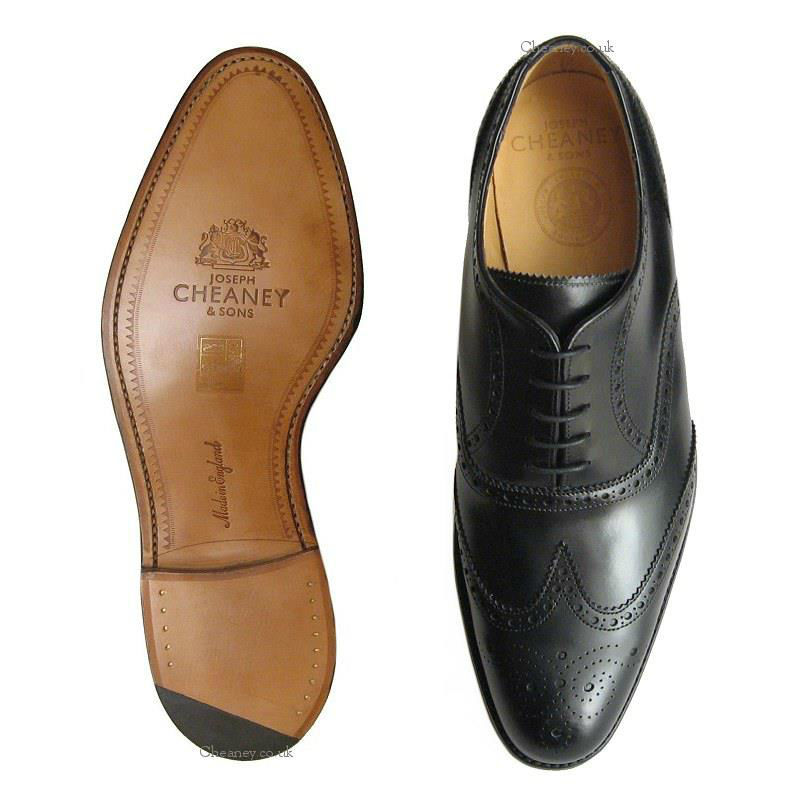 Buty z pracowni krawieckiej Zaremba