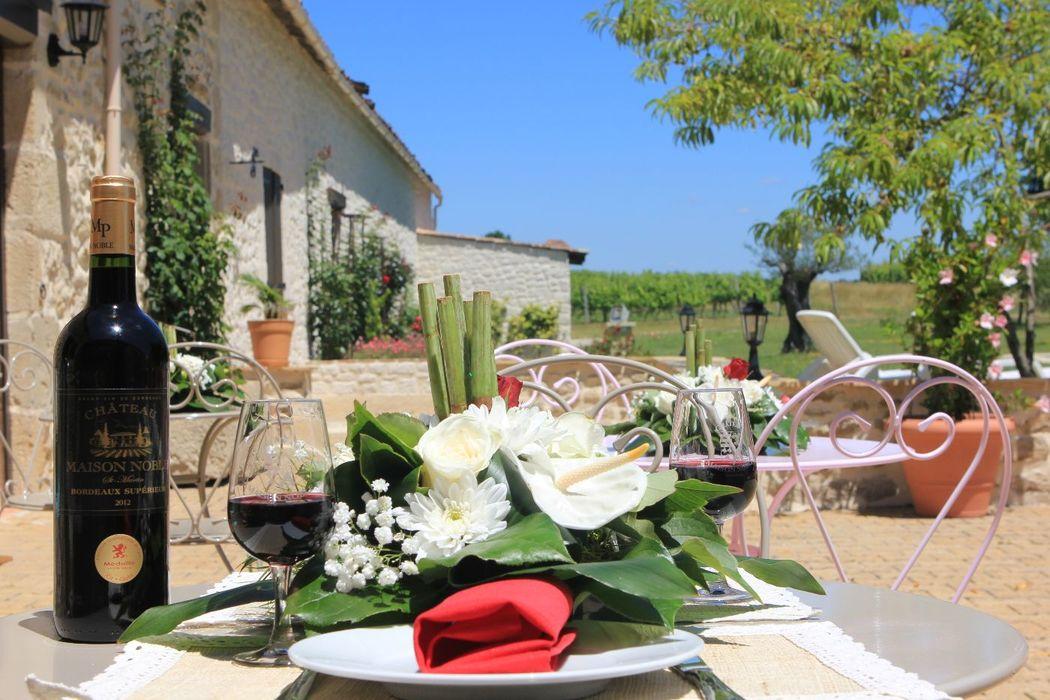 La Véranda du Château Maison Noble, cocktail en terrasse